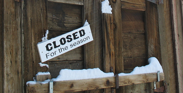 "Screenshot of sign ""Closed for the Season"""