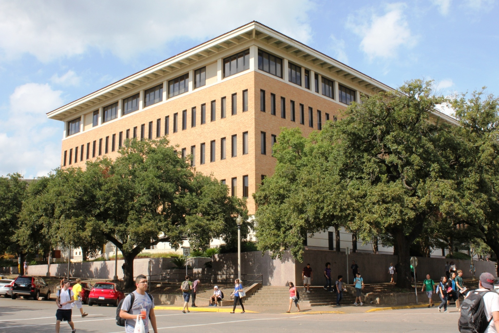 mccombs mba essay Texas austin mccombs mba admissions details, applications essays, admission deadlines, class profile prepare a strong application for texas austin mccombs with.